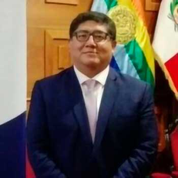 Carlos ávalos